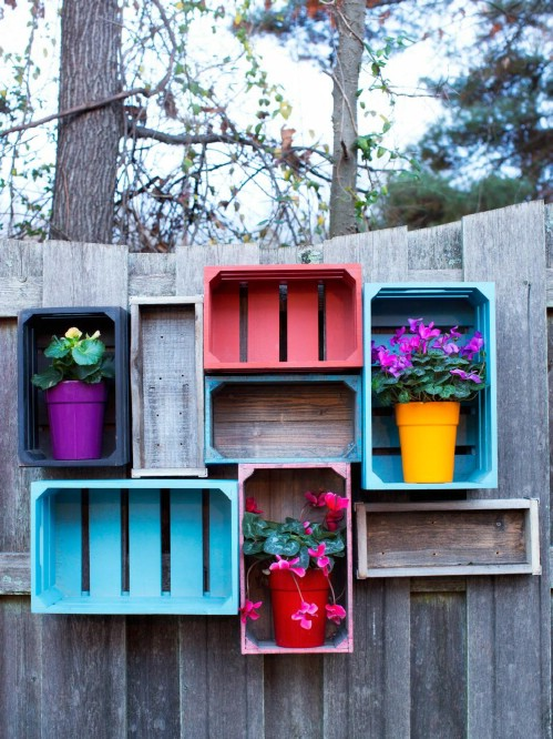 DIY Rustic Wooden Crate Fence Shelves