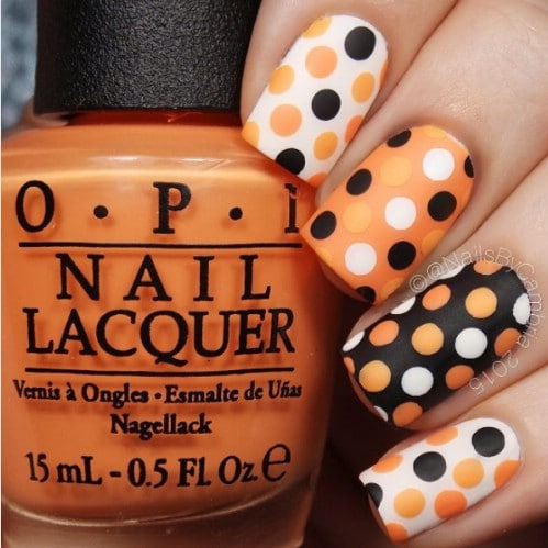 Cute DIY Dotted Halloween Nails - 40 Frightening And Fun Halloween Nail Art Designs You Can Do