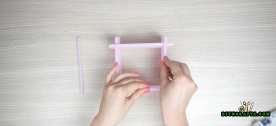 Candle Holder - 5 Amazing Straw Projects In Just 4 Minutes