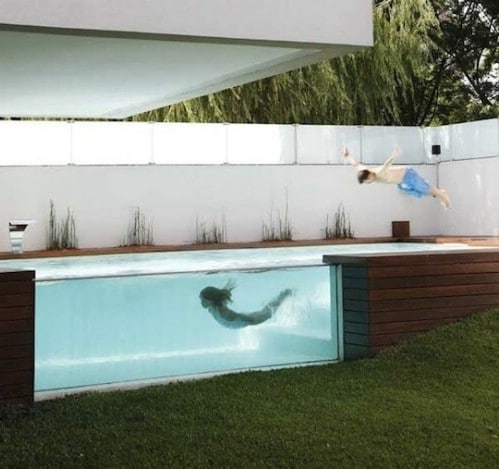 Build a Glass Wall Swimming Pool