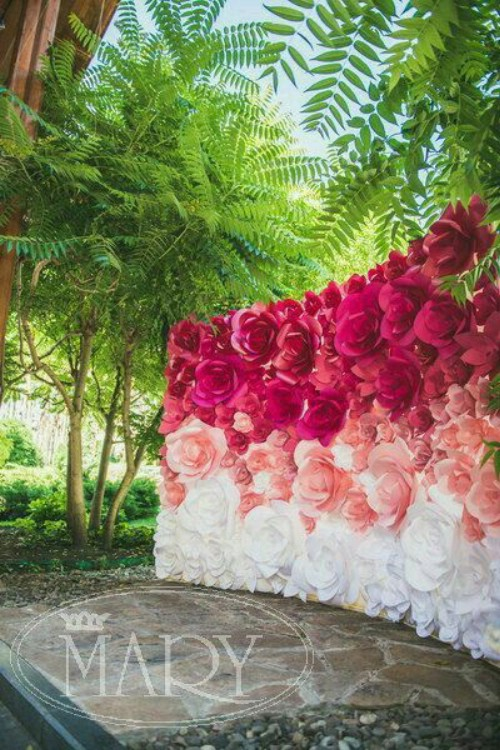 Ombre also can be used for wedding décor.