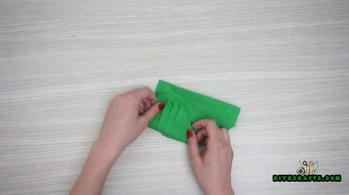 Tree Napkin - 5 Festive DIY Christmas Napkin Designs With Simple Video Instructions