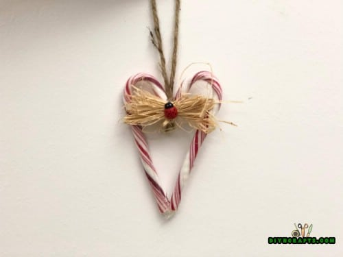 Candy Cane Heart Ornament - 5 Candy Cane Projects for a Deliciously Festive Christmas
