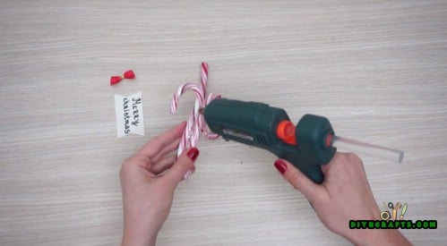 """""""Merry Christmas"""" Candy Canes - 5 Candy Cane Projects for a Deliciously Festive Christmas"""