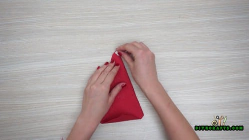 Christmas Hat Napkin - 5 Festive DIY Christmas Napkin Designs With Simple Video Instructions