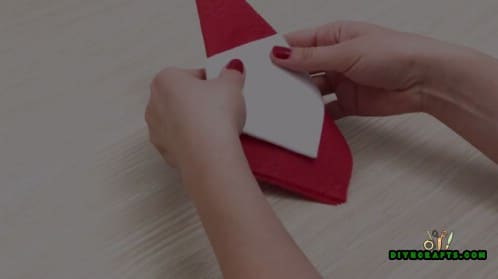 Santa Napkin - 5 Festive DIY Christmas Napkin Designs With Simple Video Instructions