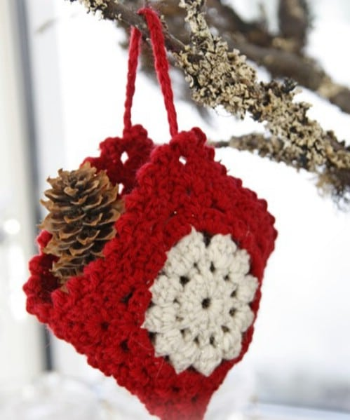 easy crochet christmas bag ornament