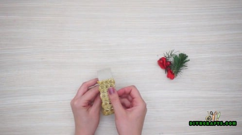 Pine Branch and Berries Napkin Ring - How to Make 5 Festive Holiday Napkin Rings In Under 2 Minutes
