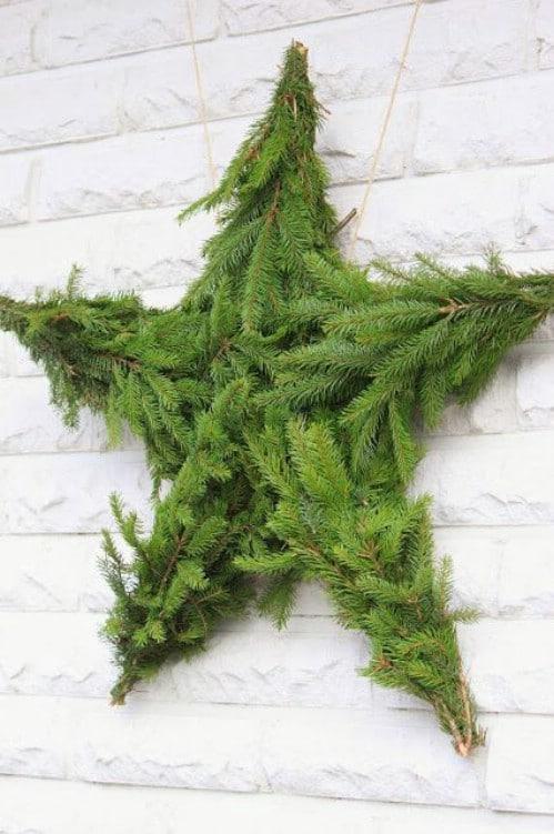 13 DIY Cozy Evergreen Christmas Decor Ideas
