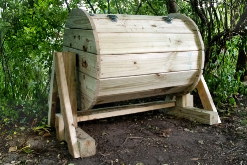 DIY Wood Barrel Compost Bin