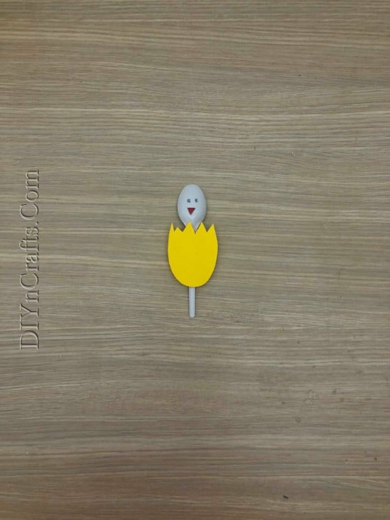 Hatched Chick Spoon - 5 Fun Easter Crafts for Kids Using … Plastic Spoons!