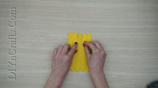 Easter Chick 1 - 5 Easy DIY Easter Projects You Can Make With Ordinary Craft Sticks