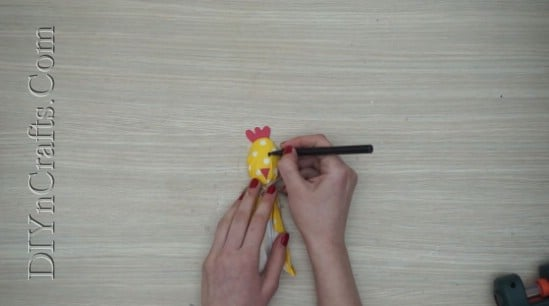Chick Spoon 2 - 5 Fun Easter Crafts for Kids Using … Plastic Spoons!