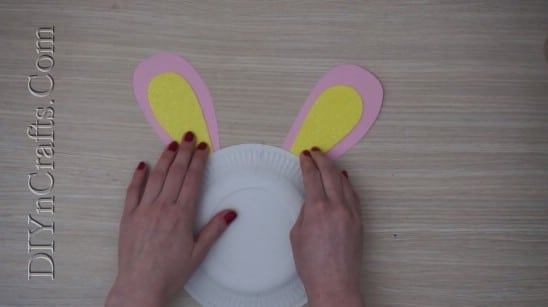 Paper Plate Bunny - 5 Easy Easter Crafts For Kids In Under 5 Minutes