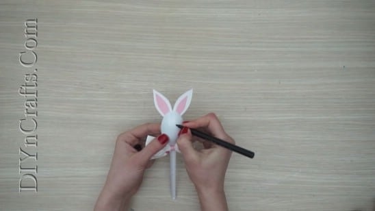 Bunny Spoon 1 - 5 Fun Easter Crafts for Kids Using … Plastic Spoons!