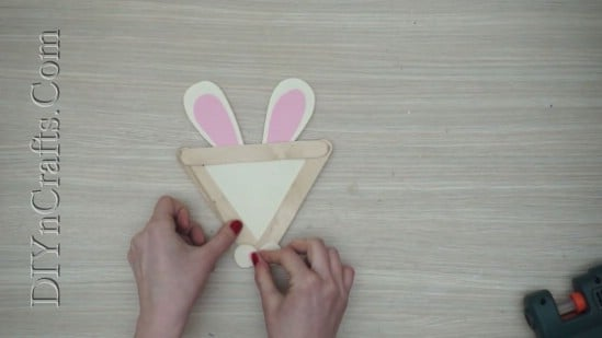 Easter Bunny - 5 Easy DIY Easter Projects You Can Make With Ordinary Craft Sticks