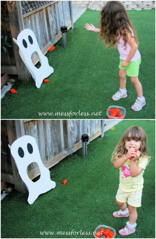 DIY Halloween Ghost Toss