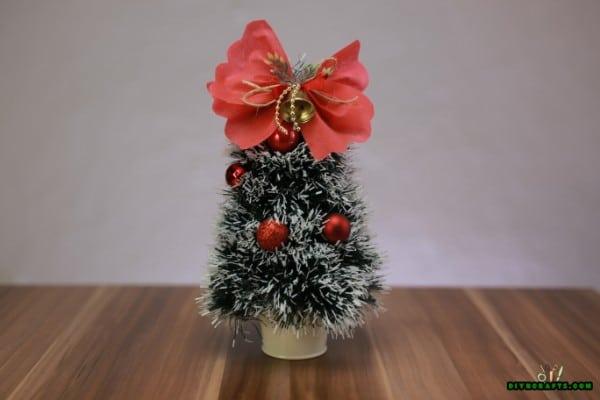 How to DIY a Miniature Christmas Tree Decoration