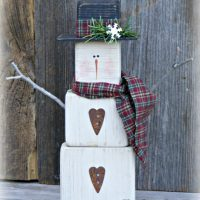 Primitive Wooden Snowman Table Sitter