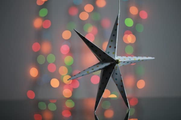How to Make a Festive 3D Star Out of Paper or Cardboard