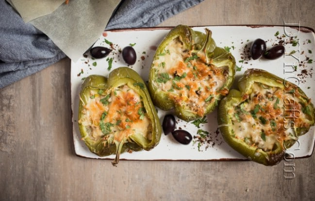 Finished baked stuffed bell peppers.