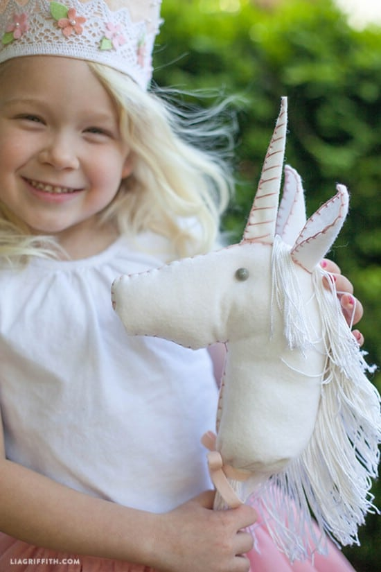Felt Unicorn – Stick Pony Style
