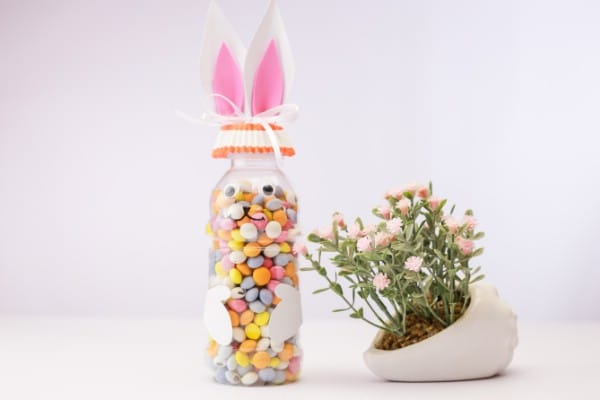 How to Make a Cute Easter Bunny Candy Bottle