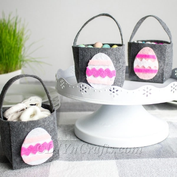 Finished no sew Easter baskets with cute egg decoration.