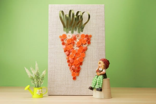 How to Make This Easter Carrot Wall Art Out of Buttons