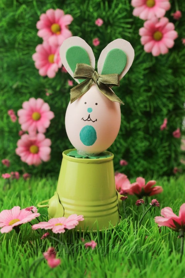 How To Make A Cute Easter Egg Bunny Decoration Diy Amp Crafts
