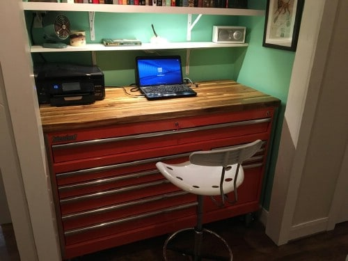 DIY Repurposed Toolbox Desk
